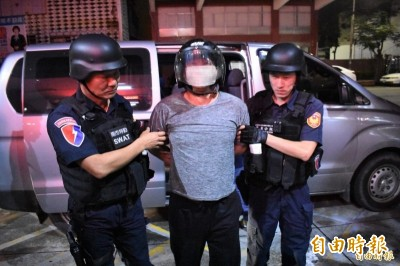 殺警嫌收押禁見 傳落網曾遭圍毆孬求饒? 檢方稱未聽說