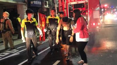 PUB被丟信號彈還引40人鬥毆 基警:確認縱火才偵辦
