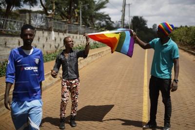 受歧視攻擊才逃亡 肯亞將同志難民遣回「恐同難民營」