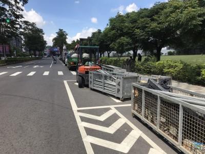 韓國瑜台中造勢明登場 機車族怨器材佔用待轉區