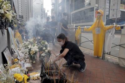 反送中》墜樓烈士頭七 鄺俊宇呼籲:不流血、不受傷、不被捕