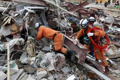 中資不出面 柬埔寨大樓倒塌已18死多傷 總理認貪凟致災