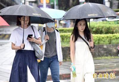 出門帶傘!週四悶熱注意防曬 慎防午後雷陣雨