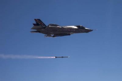 美研發新長程空對空導彈 傳專門對付中國霹靂15