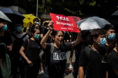 反送中》包圍再起! 數百名示威者聚集香港律政中心外