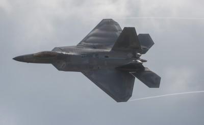 美伊關係持續緊張 美軍派多架F-22隱形戰機前往中東