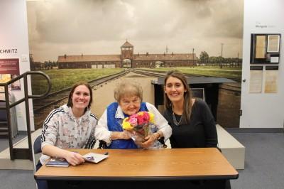 集中營倖存者莫澤斯柯兒過世 享壽85歲