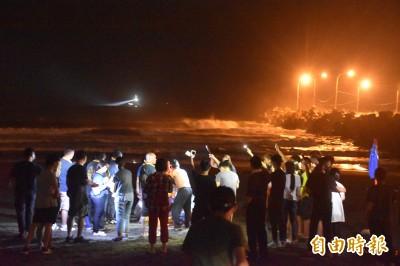 高雄蚵仔寮漁港傳溺水意外 16歲少年失蹤疑遭海浪沖走