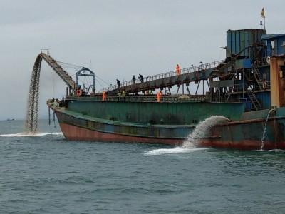 法拍中國盜砂船3661萬 海巡署霸氣:你敢抽我敢扣