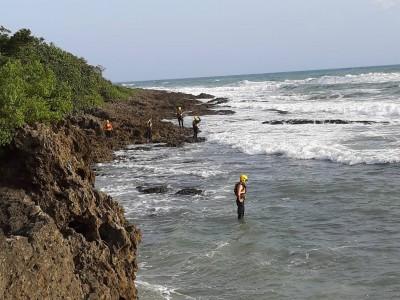 墾丁小灣海域傳大學生溺水 警消全面搜索中