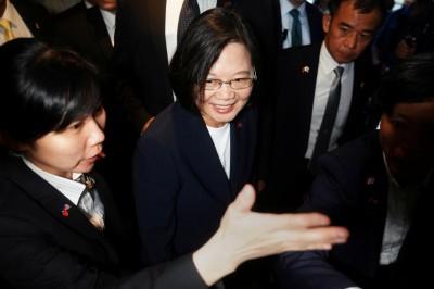 蔡總統過境美國《洛時》:川普有意親近台灣