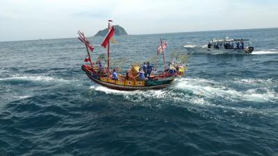 王爺巡海遶境 和平島社靈廟王船海上遊江