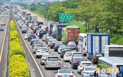 高速公路被開紅單判無效 原因竟與乳房有關...