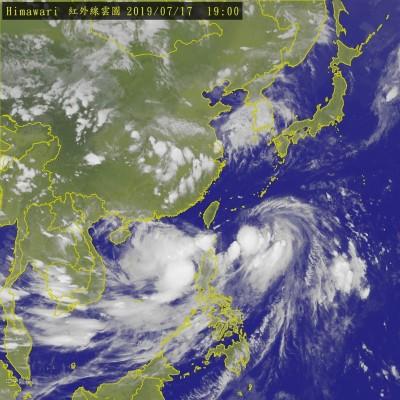丹娜絲20:30解除陸上警報 明將從東部海面掃過