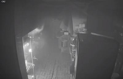 詭!日式料理店起火 監視器拍到是天婦羅麵衣「自燃」