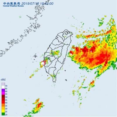 台南市慎防雷擊、劇烈降雨! 「這9區」大雷雨示警