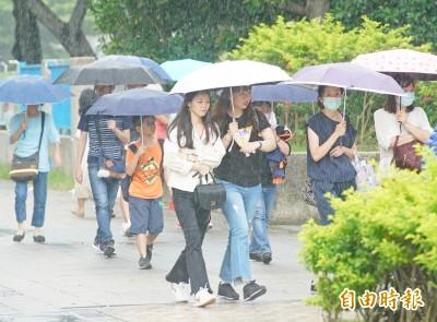 外圍環流帶來15縣市豪大雨 又有低壓系統發展中!