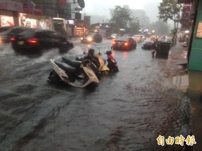 下班注意!全台豪大雨特報 高屏台南1級淹水警示