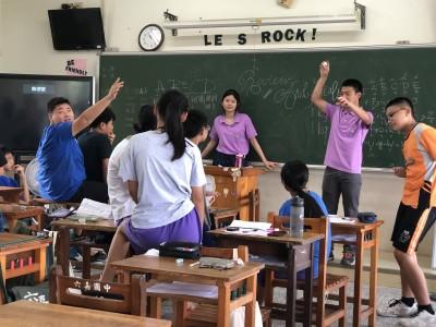 海外青年服務教英語 偏鄉孩子「也想出國念書」