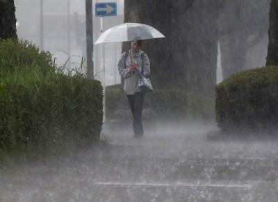 日長崎迎來恐怖暴雨發布最高警報 居民以保命為優先