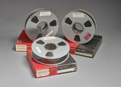 拍賣史上最清晰登月影像 3膠卷以5646萬成交價格翻8千倍