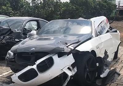 彰化夏夜飆車趴  BMW敞篷車、跑車對撞成廢鐵