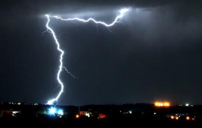 季風侵襲 今年印度北部10城市已有32人死於雷劈
