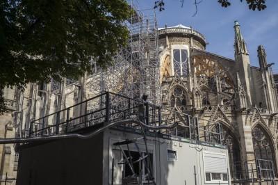 法國41度高溫 巴黎聖母院可能「熱垮」