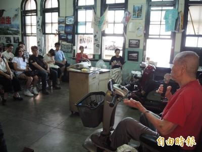 時力黨主席邱顯智參加樂生生活節 表達對院民的支持