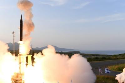 以色列「箭式三型」防空飛彈再傳捷報 總理藉此警告伊朗