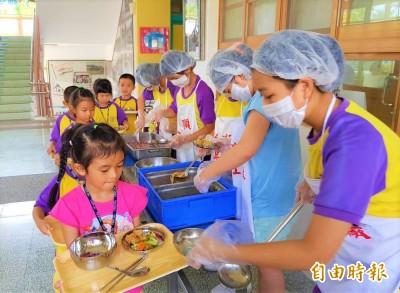 宜縣免費營養午餐設「募款專戶」 社福團體憂排擠捐款