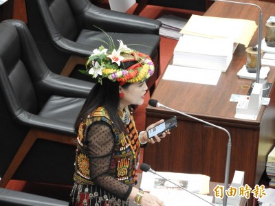 曾對韓國瑜唱「讀你」高市議員唐惠美缺額將由范織欽遞補