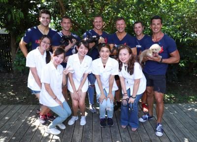 猛男愛護毛寶貝!澳洲消防員與美女獸醫合體倡動保