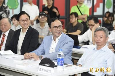 張善政宣布不選總統 建議「韓朱配」