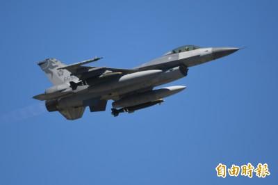 我F16飛行員在美與美軍F15對抗演練  雙方各有勝負