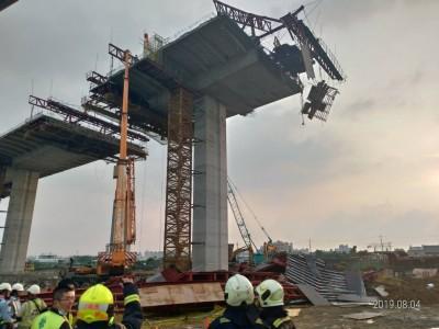 國4豐潭段延伸工程鷹架倒塌 2工人送醫救治