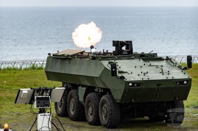 國防工業展15日開幕 新式雲豹M2樣車帥氣亮相