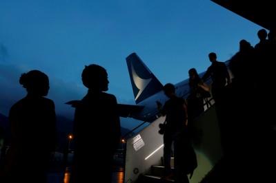 中民航局要求國泰航空 「支持非法遊行」機組員禁飛中國