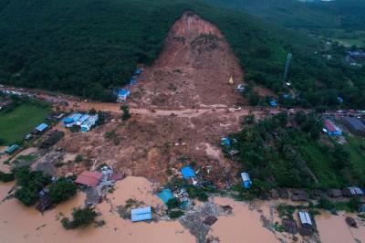 緬甸暴雨潰堤「鄉鎮變湖泊」土石流衝民宅釀13死
