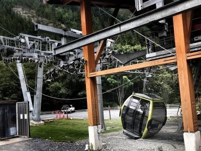加拿大「海天纜車」疑遭蓄意切斷纜繩 30車廂墜地