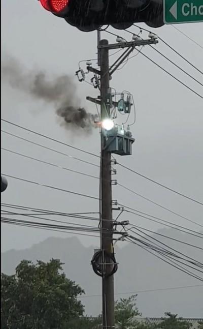 后里高壓電電容器起火 561戶一度停電