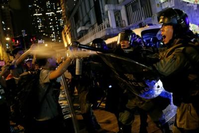 反送中》811示威行動濺血 中聯辦稱:香港將滑向無底深淵