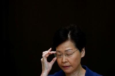 記者直問「一國兩制」是否受北京挾持? 林鄭不停迴避