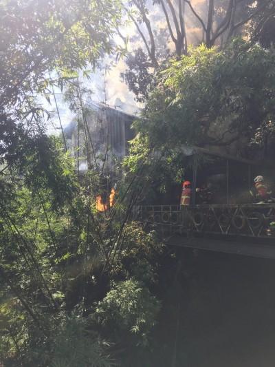 山區空屋突起火 30平方公尺雜物燒毀