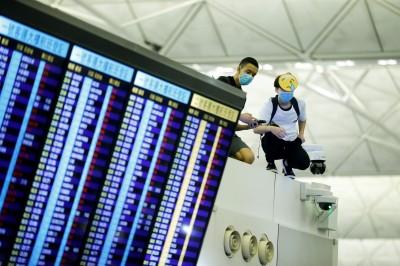 反送中》旅客留意 香港機場今天航班仍有部分取消
