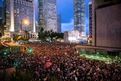 反送中》香港遮打花園明集會 促國際對港府施壓