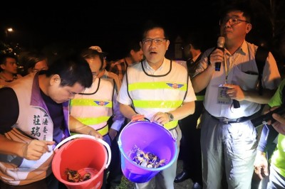 微電影獲國際大獎 林佳龍呼籲全民力挺「護蟹任務」