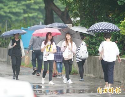 10縣市豪大雨特報 降雨持續到下週