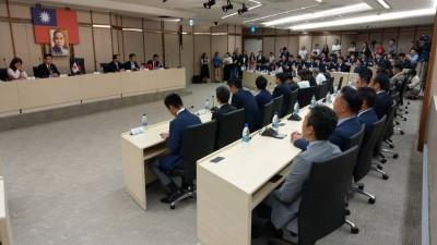 獨家》讓日本賓客傻等前 韓國瑜參加排定公祭也遲到...