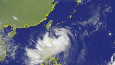 颱風陸上警戒區再擴大 12縣市慎防「白鹿」強風豪雨